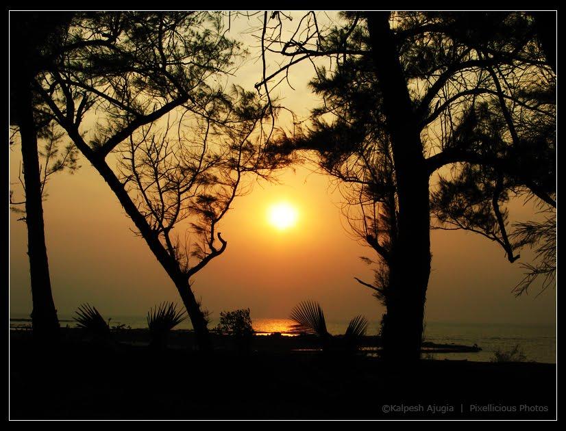 View of Sunset from Manoribel Resort